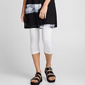 *3for$30* Basic white capri leggings NWT